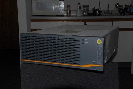 AMS 500-Dual Controller, cache, 4GB Fibre.-180